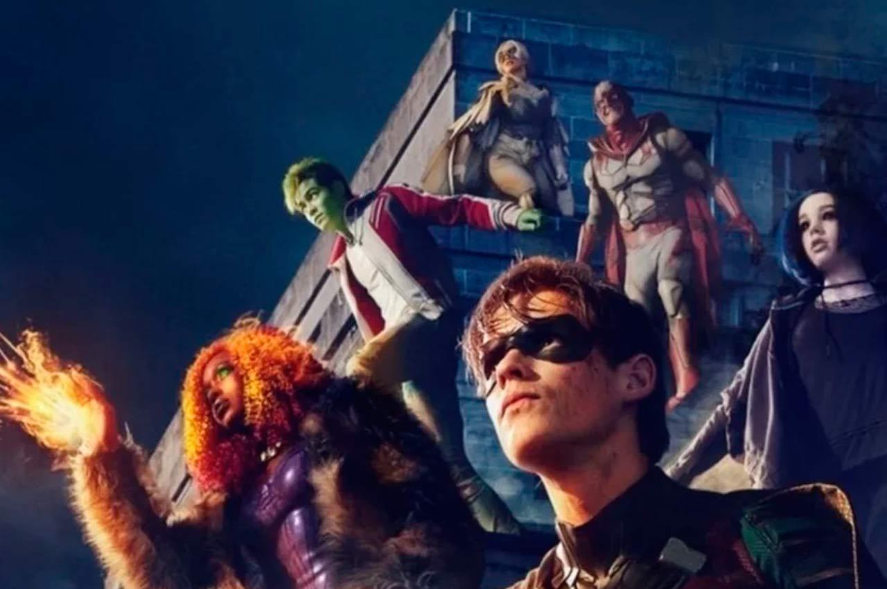 Titans-poster